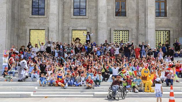 TBMM'de karne şenliğinde çocuklar doyasıya eğlendi