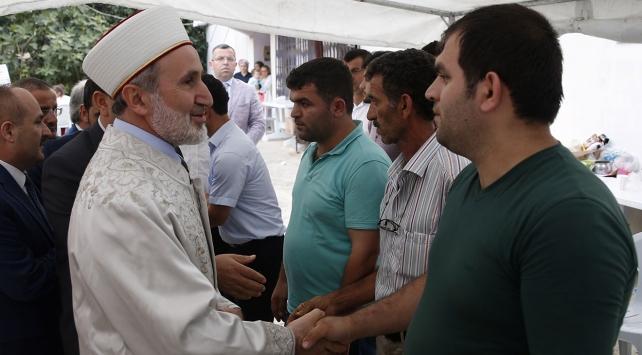 Diyanet İşleri Başkanvekili Keleş, şehit ailesini ziyaret etti