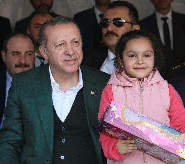 0x0-cumhurbaskani-erdogan-ile-hayata-sarildi-1509940122720