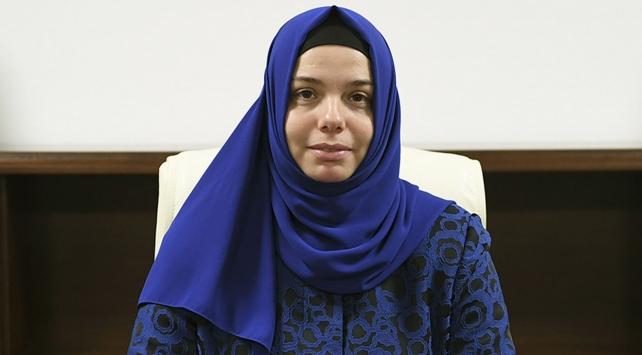 Diyanet'in ilk kadın başkan yardımcısı görevine başladı