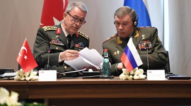 Genelkurmay Başkanı Akar, Rus ve İranlı mevkidaşlarıyla görüştü