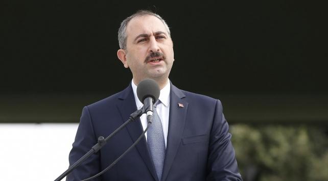Adalet Bakanı Gül: Sadece 15-16 Temmuz'daki darbe girişiminin püskürtülmesiyle ilgili