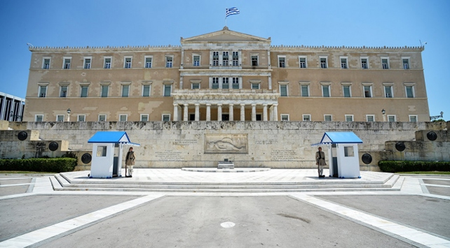 Yunan Hükümeti, darbeci askere sığınma hakkı verilmesine itiraz etti