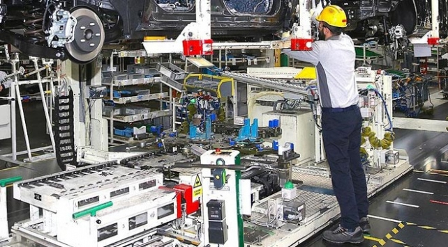 Türkiye'de işsizlik azalıyor