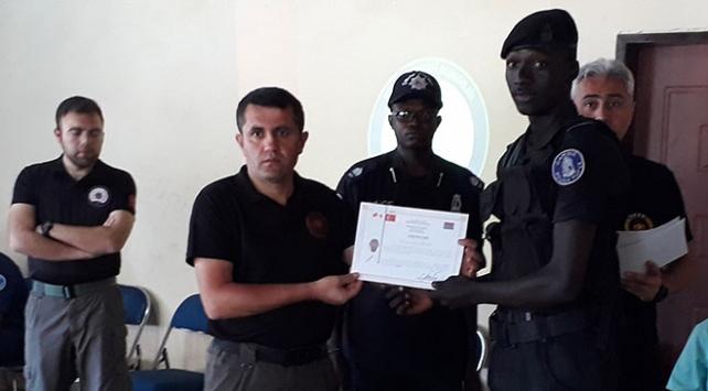 Türkiye'den Gambiya polisine eğitim