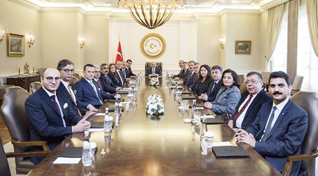 Başbakan Yıldırım, Yargıda Birlik Derneği üyelerini kabul etti
