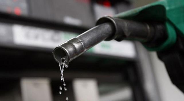 Benzinin litre fiyatına yeni düzenleme