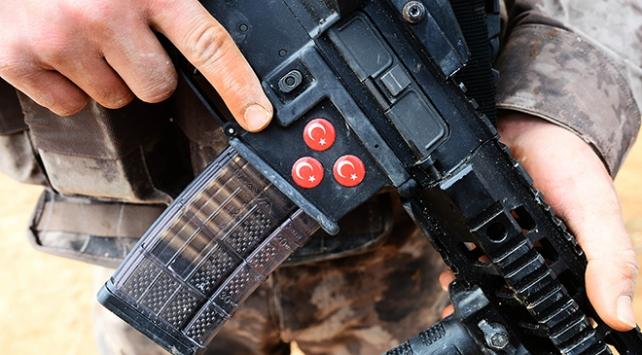 Mehmetçik Afrin'de milli silahlarla destan yazıyor