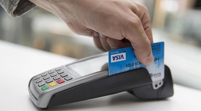 Her 10 kişiden 7'si ödeme aracı olarak kredi kartı kullanıyor