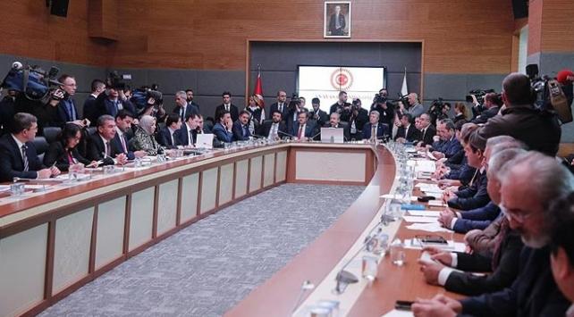 Seçim ittifakı teklifinin 23 maddesi komisyonda kabul edildi