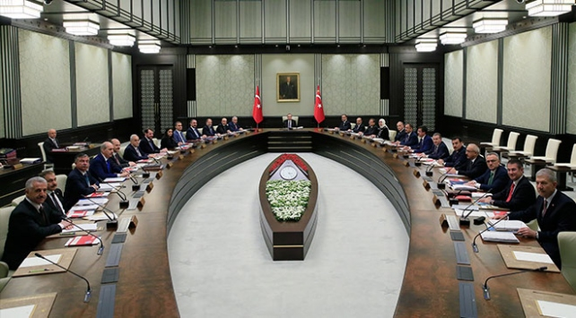 Cumhurbaşkanı Erdoğan, Külliye'deki işçilerle buluştu
