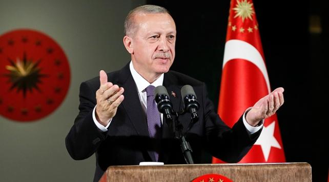 Cumhurbaşkanı Erdoğan'dan 65 yaş aylığı alanlara müjde
